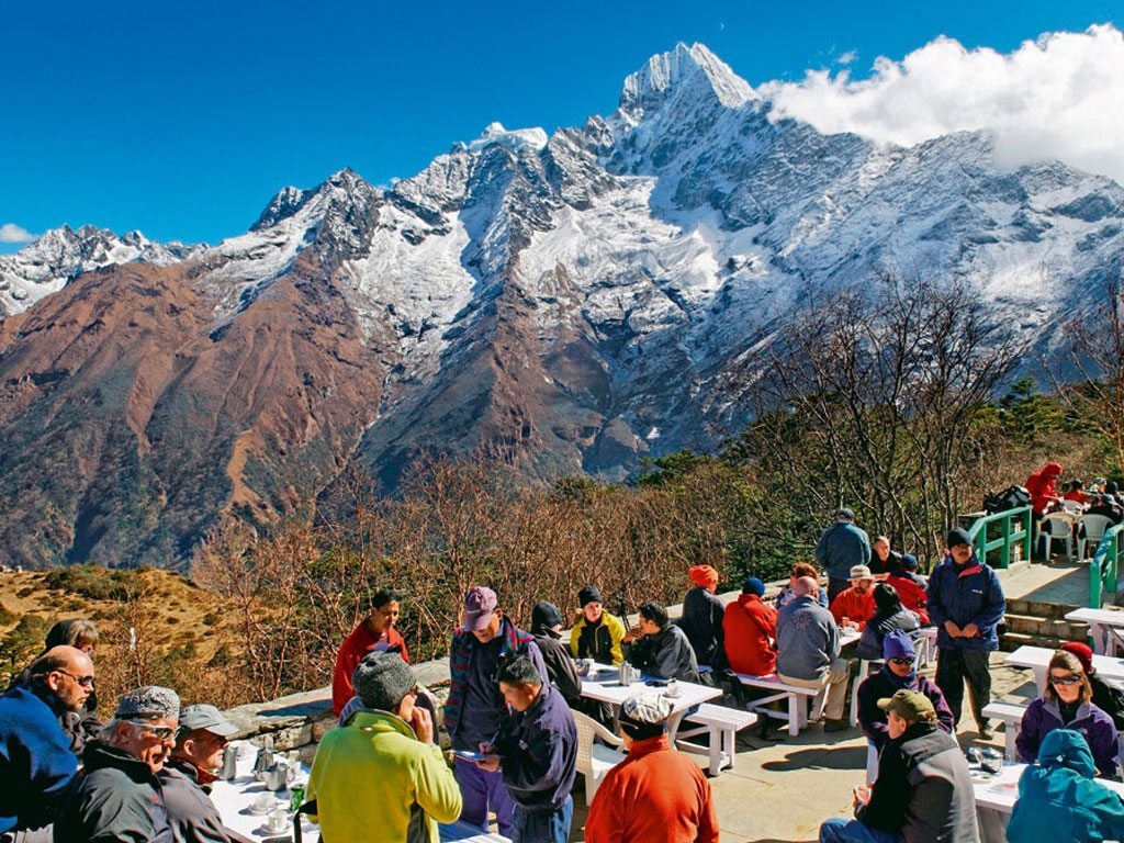Everest Base Camp: A Guide to Trekking to the Top of the World 21