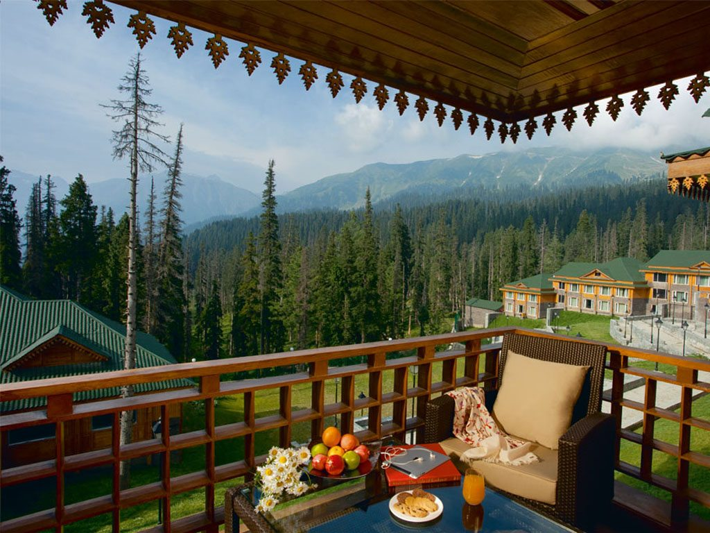 Khyber Himalayan Resort and Spa Kashmir Hotel