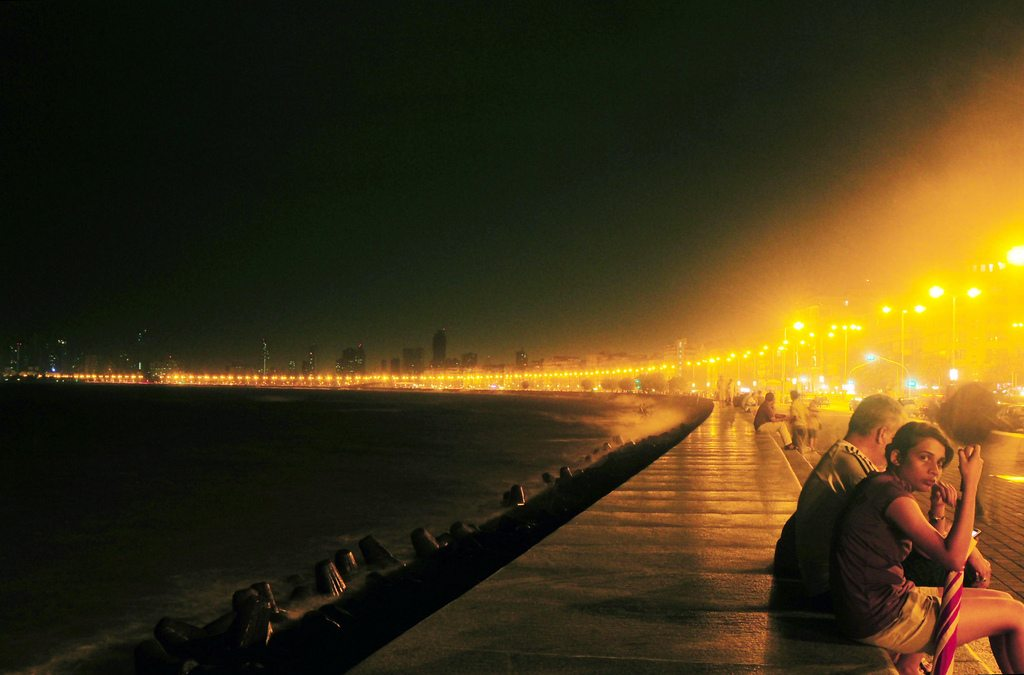 Marine Drive, or Queen's Necklace as it is popularly known, is one of Mumbai's best people-watching spots. Photo: Gopal Vijayaraghavan/Flickr/Creative Commons (http://bit.ly/1jxQJMa)