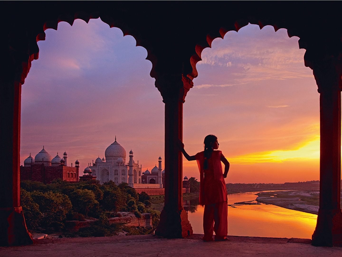 The sight of the sun setting over the Yamuna behind the Taj Mahal has mesmerised visitors to Agra for centuries. Photo: Adrian Pope/Photographer's Choice/Getty Images