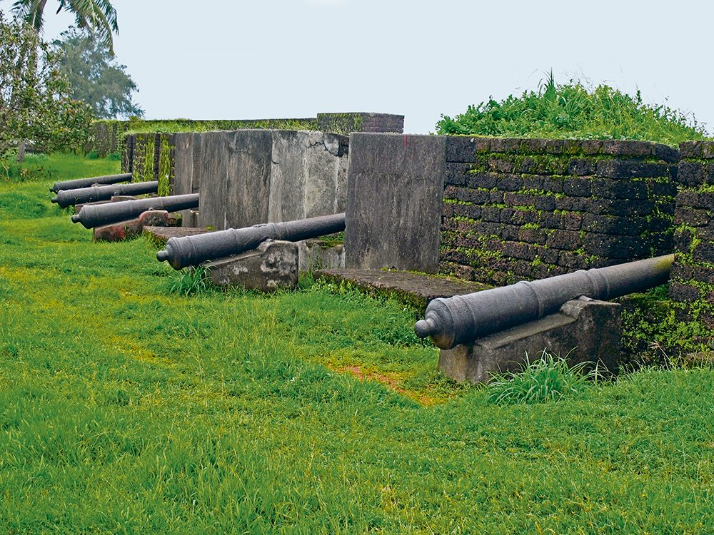 st. angelo's fort, kannur, photo by Yogesh S. More/Age Fotostock/Dinodia Photo Library