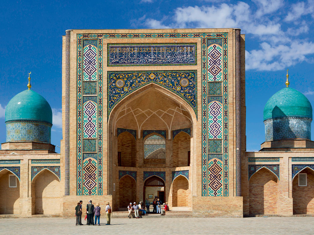 The opulence of the Hazrat Imam Complex in Tashkent left an indelible impression on Murty. Photo by Jose Fuste Raga/INDIA PICTURE.