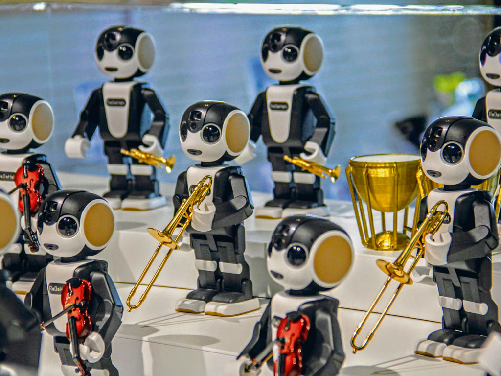An orchestra of robots plays at regular intervals at the reception area. Photo Courtesy: Henn na Hotel