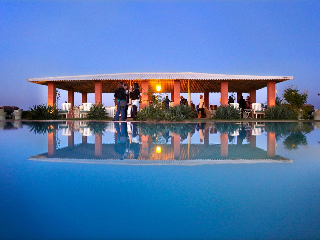 The luxury desert festival in Rajasthan brings together best of music and leisure. Photo by: Camel Camp Osian